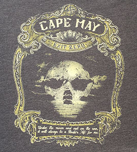 T-shirt with the image of a pirate skeleton